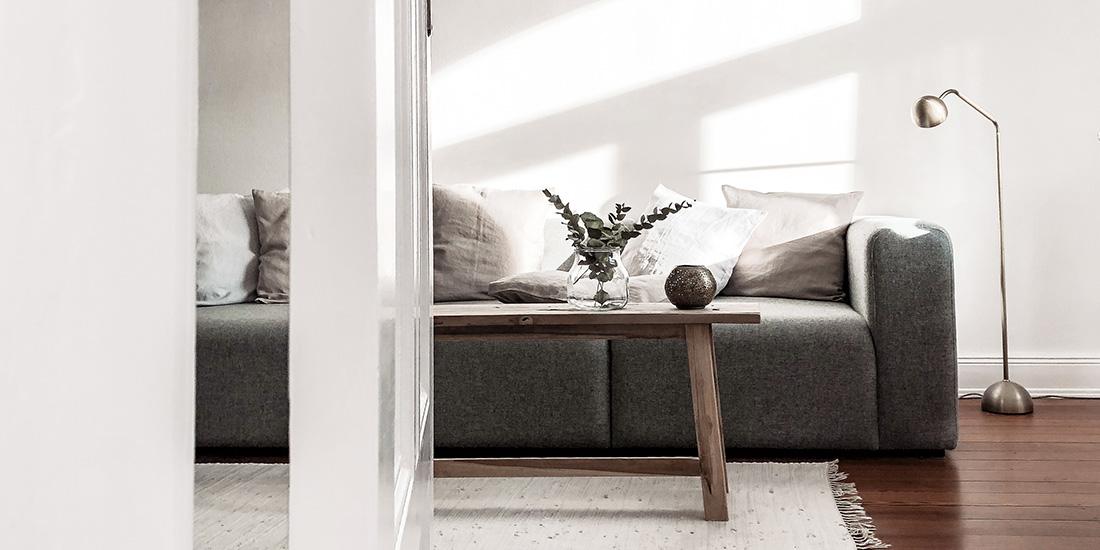__header wohnzimmer leinen kissen