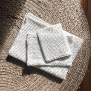 leinen-badetuch-handtuch-freda-set-waffelstoff-weiß