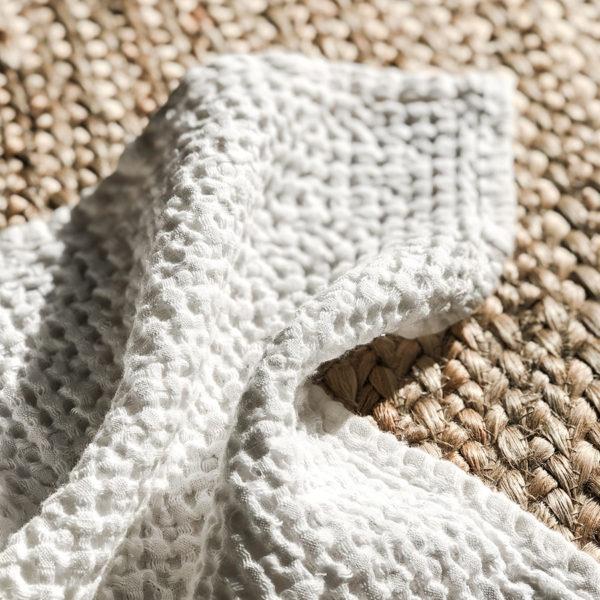 leinen-badetuch-handtuch-waffelstoff-freda-weiß