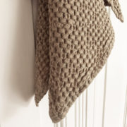 leinen-waffelhandtuch-freda-beige-detail